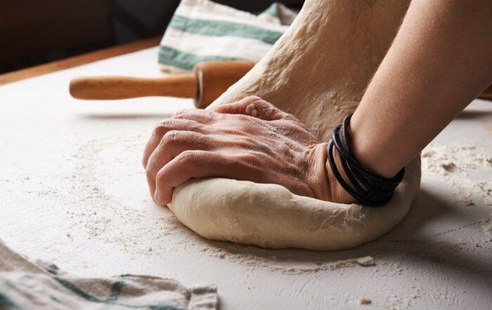 Рецепта за пухкава и богата празнична погача
