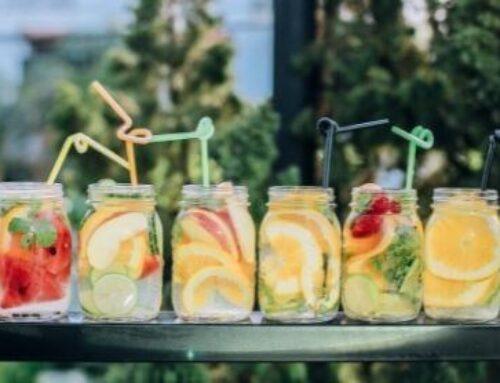 Направи си сам летен безалкохолен коктейл